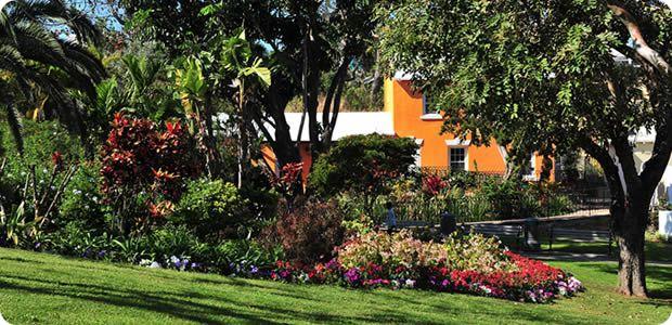 r Queen Victoria Park Bermuda