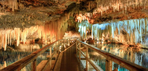 Guide To Visiting Underground Caves In Bermuda