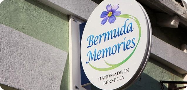 R Bermuda Memories shop