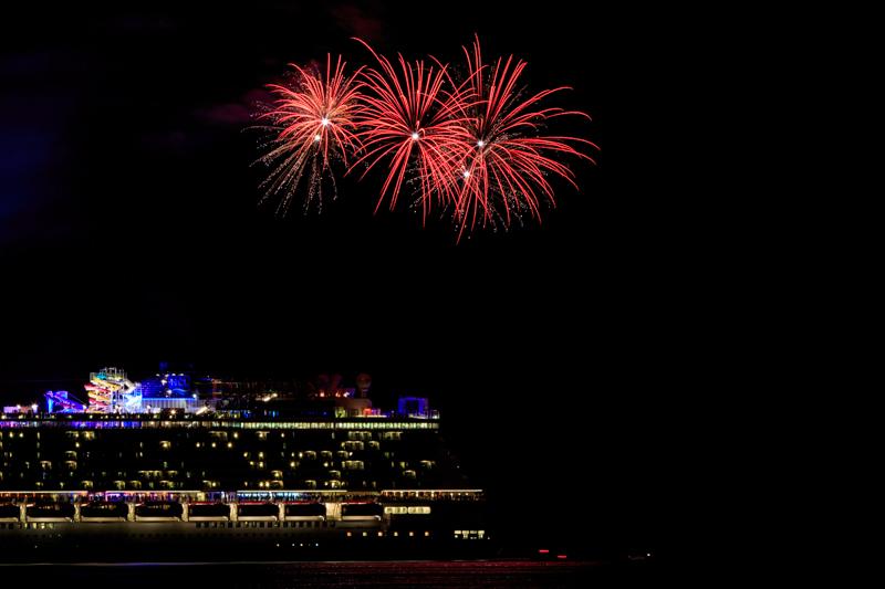 Norwegian Breakaway Cruise Fireworks In Dockyard Bermuda, July 4 2013- (4)