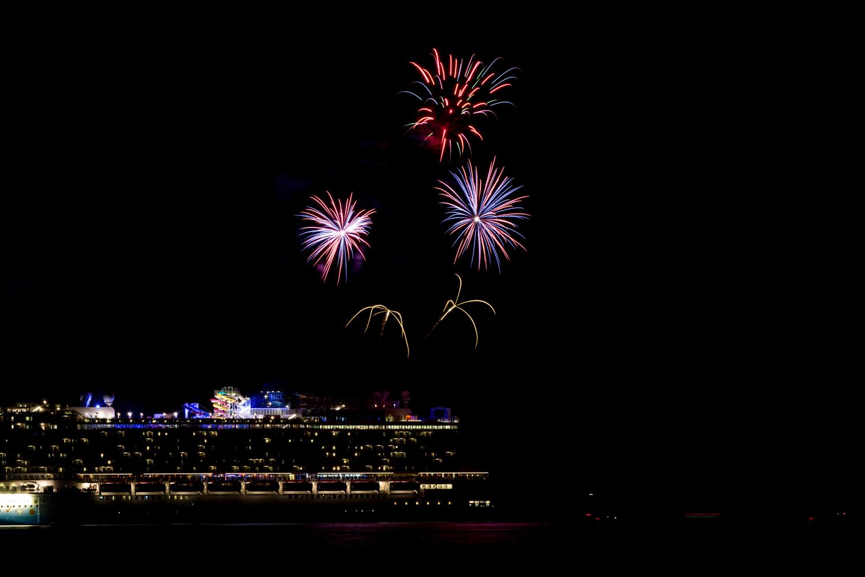 Norwegian Breakaway Cruise Fireworks In Dockyard Bermuda, July 4 2013- (8)