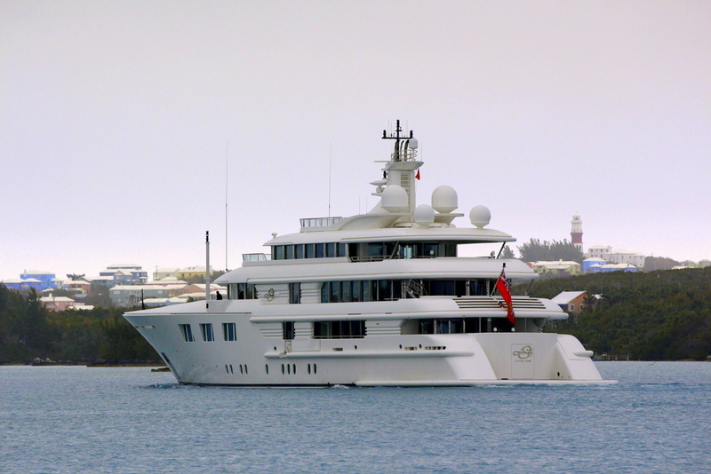Superyacht Lady S in Bermuda (1)