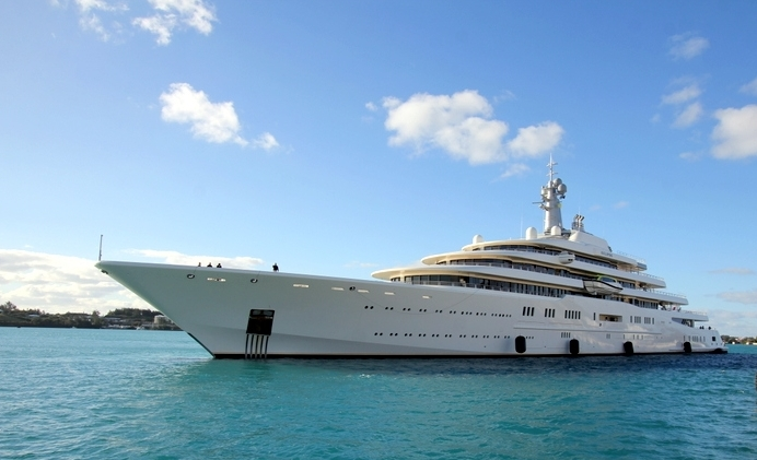 The-Motor-Yacht-Eclipse-Roman-Abramovich-St-Georges-Bermuda-January-29-2013-13
