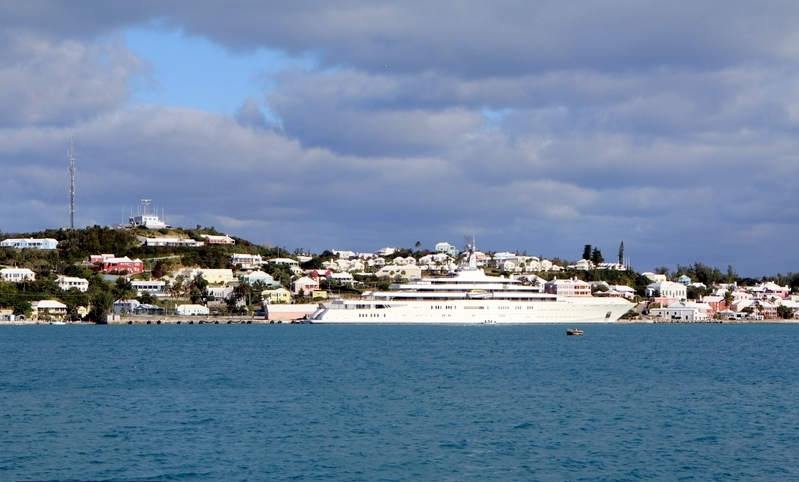 The-Motor-Yacht-Eclipse-Roman-Abramovich-St-Georges-Bermuda-January-29-2013-32