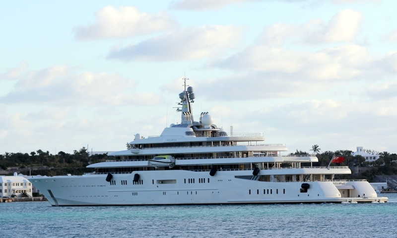 The-Motor-Yacht-Eclipse-Roman-Abramovich-St-Georges-Bermuda-January-29-2013-6