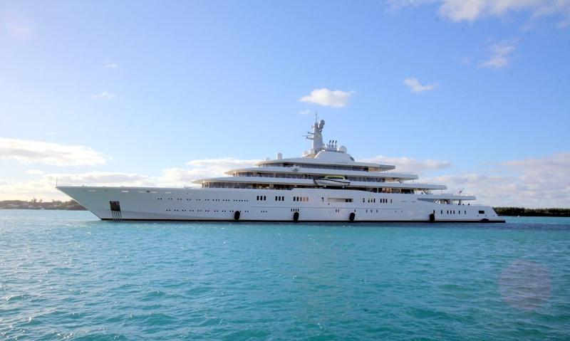 The-Motor-Yacht-Eclipse-Roman-Abramovich-St-Georges-Bermuda-January-29-2013-9 (1)