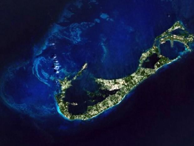 nasa-photo-bermuda-island-from-space-2