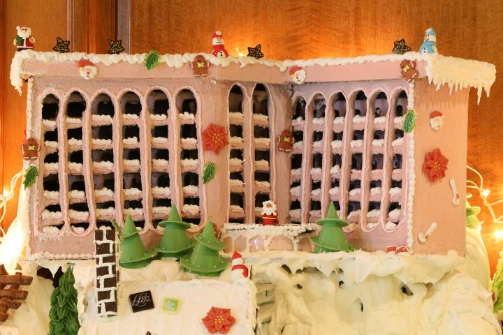 Bermuda Fairmont Southampton Gingerbread Village 2014 (10)