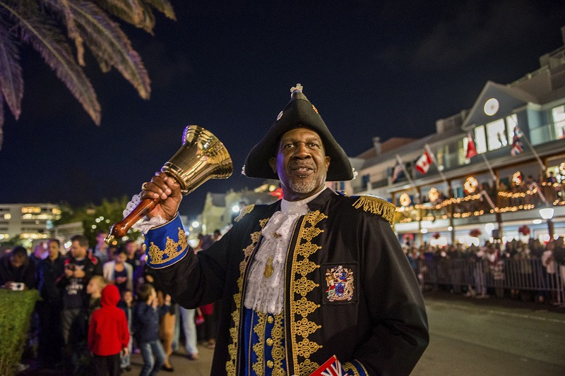 04/12/2014, Bermuda (BER), Arrival of the America's Cup Trophy in Bermuda