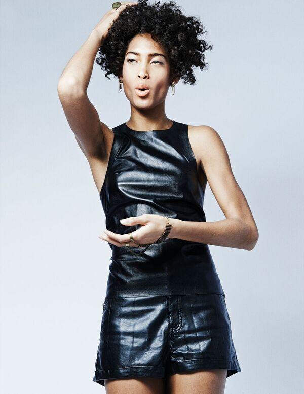 Bermuda-Model-Lily-Lillian-Lightbourn-magazine-Nov-2015-2