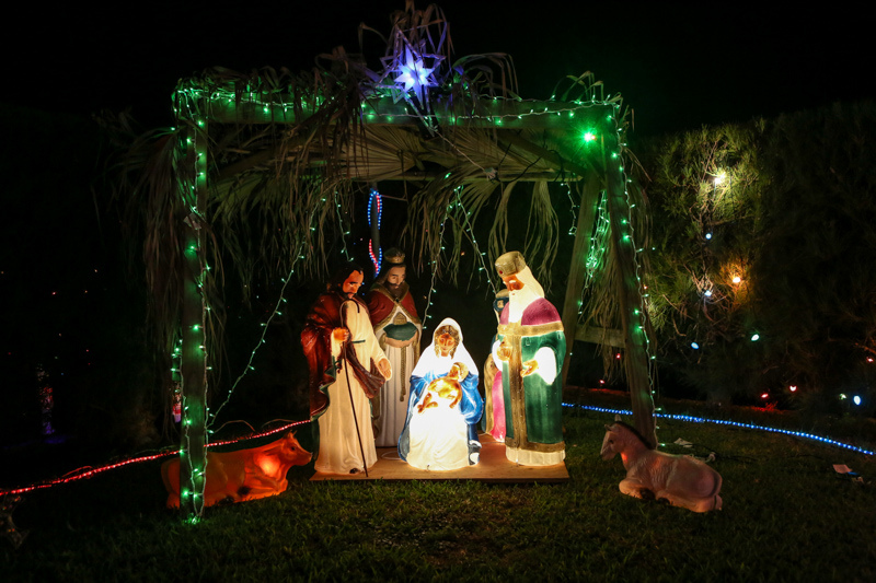 Christmas Lights Decorations Bermuda, December 23 2015-135