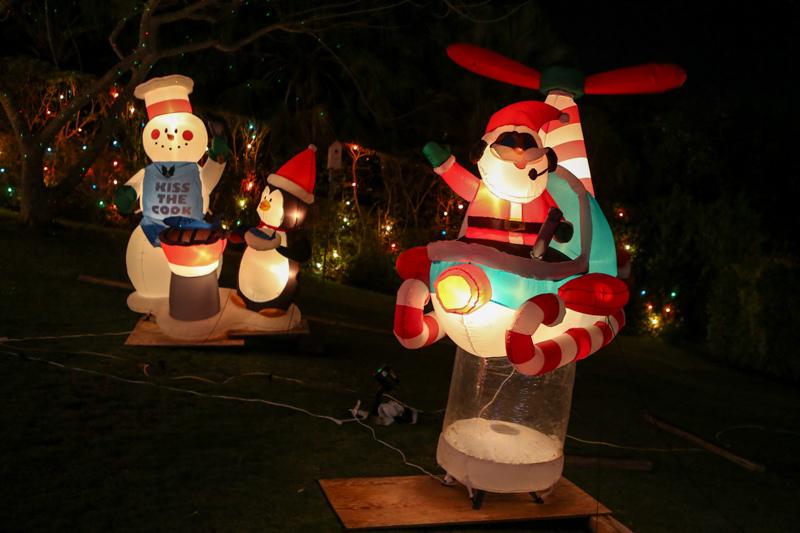 Christmas Lights Decorations Bermuda, December 23 2015-239