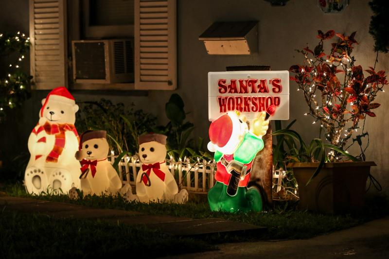 Christmas Lights Decorations Bermuda, December 23 2015-80