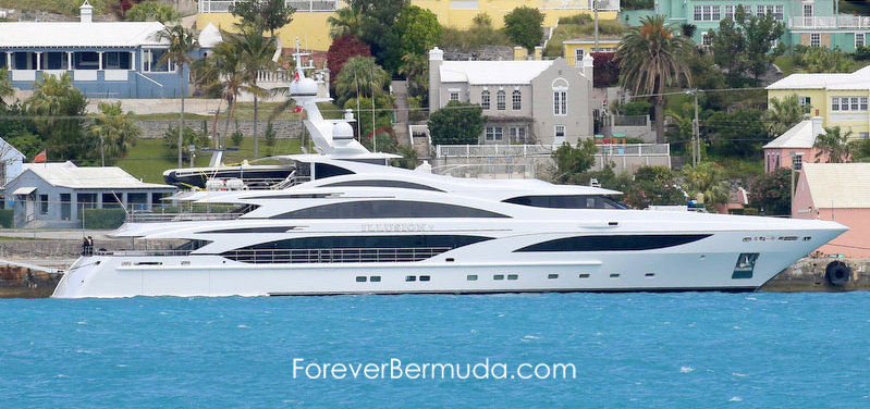 Illusion V luxury motoryacht in bermuda 2015