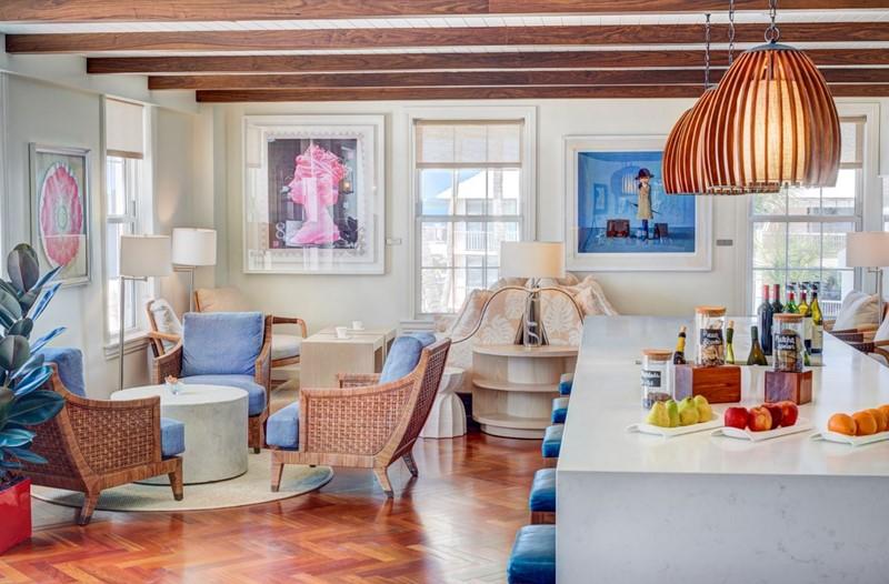 Fairmont Gold Lounge 2