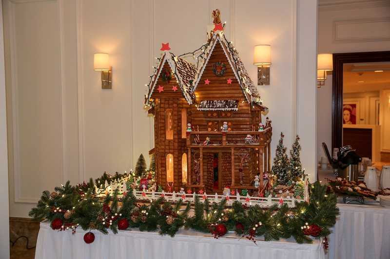 Hamilton Princess Gingerbread House Bermuda, December 1 2016-1