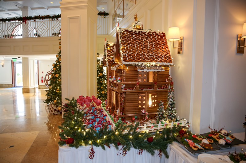 Hamilton Princess Gingerbread House Bermuda, December 1 2016-20