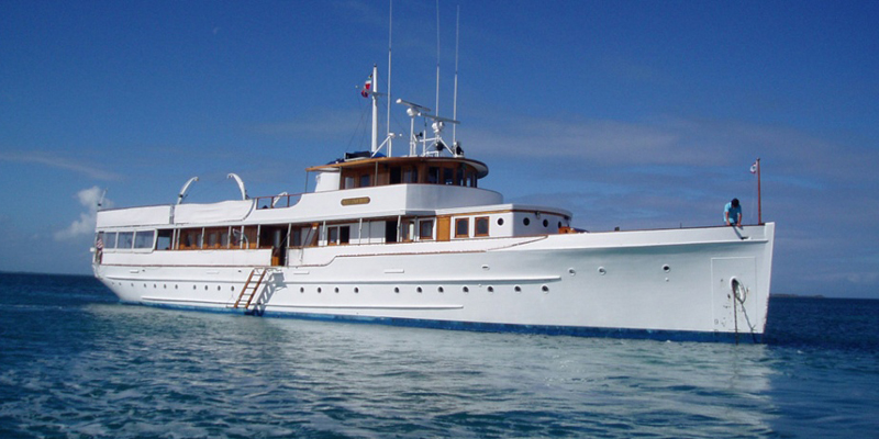 Tuckers Point Charter Special Yacht For AC  Forever Bermuda