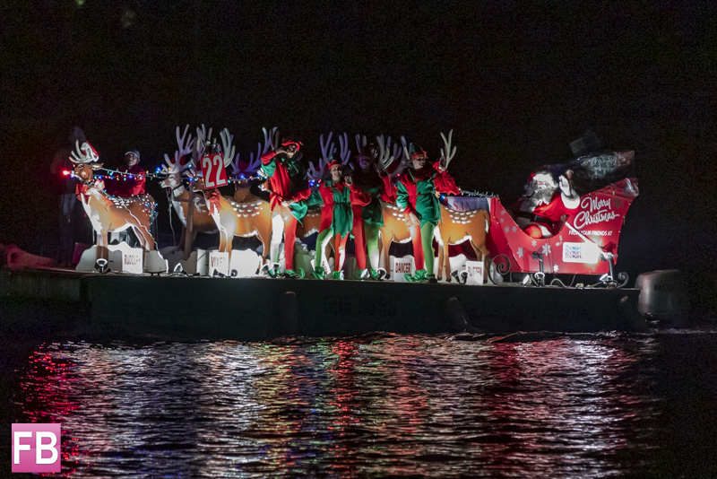Christmas Boat.Christmas Boat Parade Held In Hamilton Forever Bermuda
